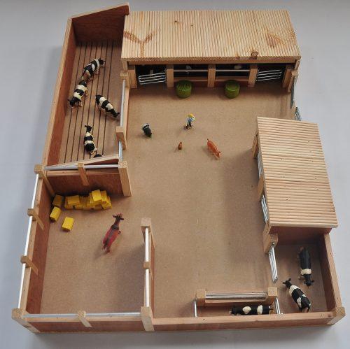 Millwood Crafts-Livestock Yard